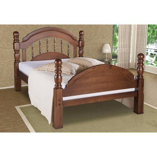 cama tradicional de madeira